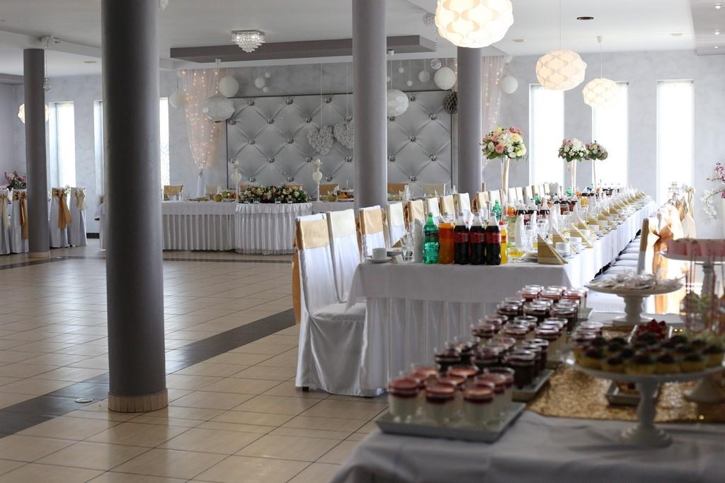 sala-bankietowa-weselna-strzebiń